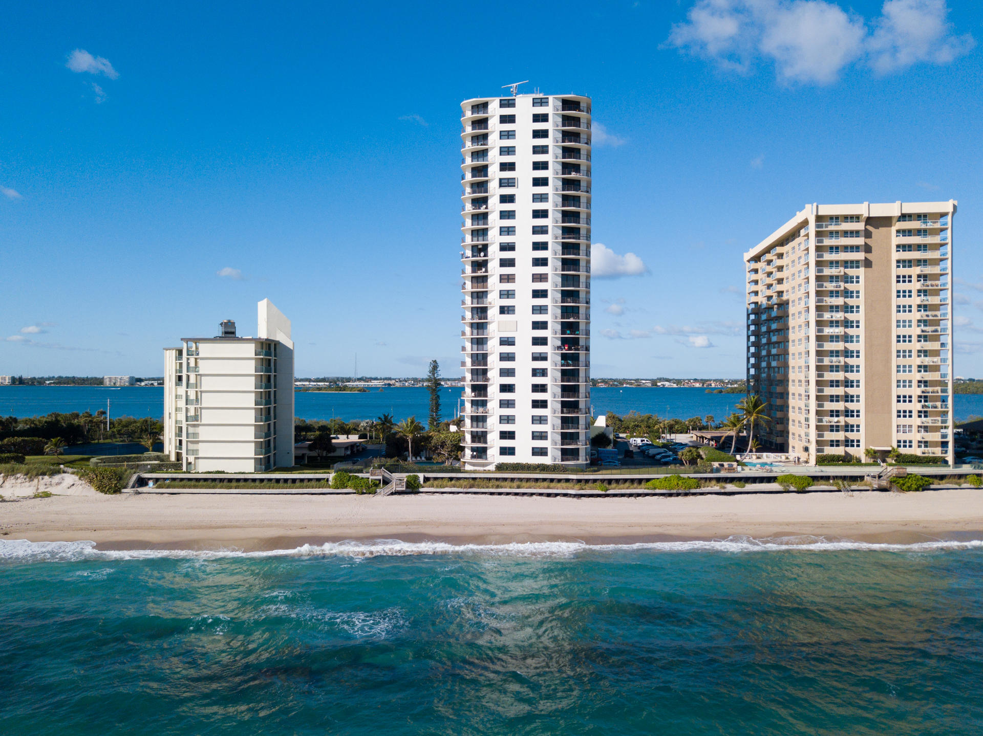 5420 N Ocean Drive 1601 Singer Island, FL 33404 photo 13