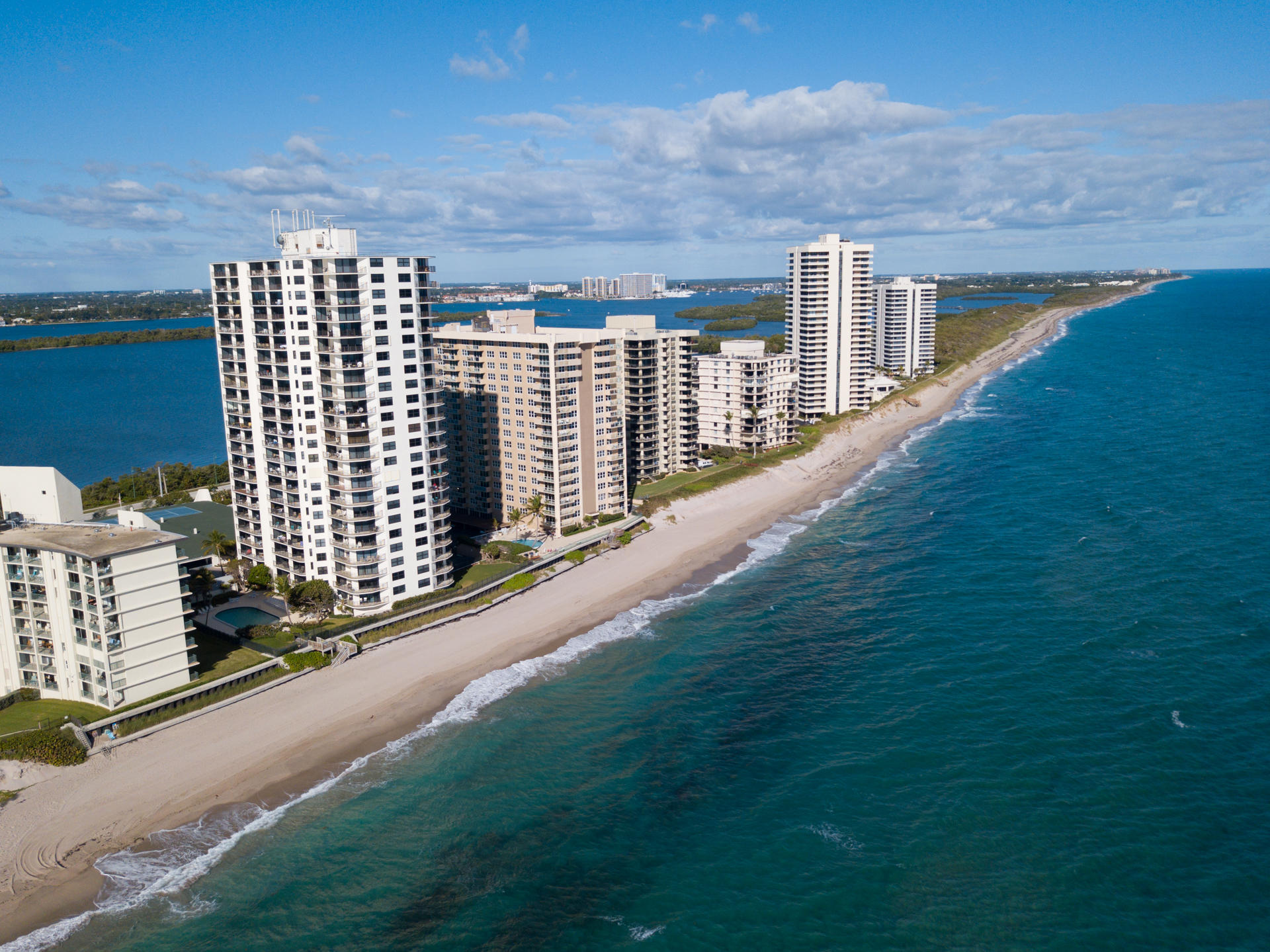 5420 N Ocean Drive 1601 Singer Island, FL 33404 photo 14