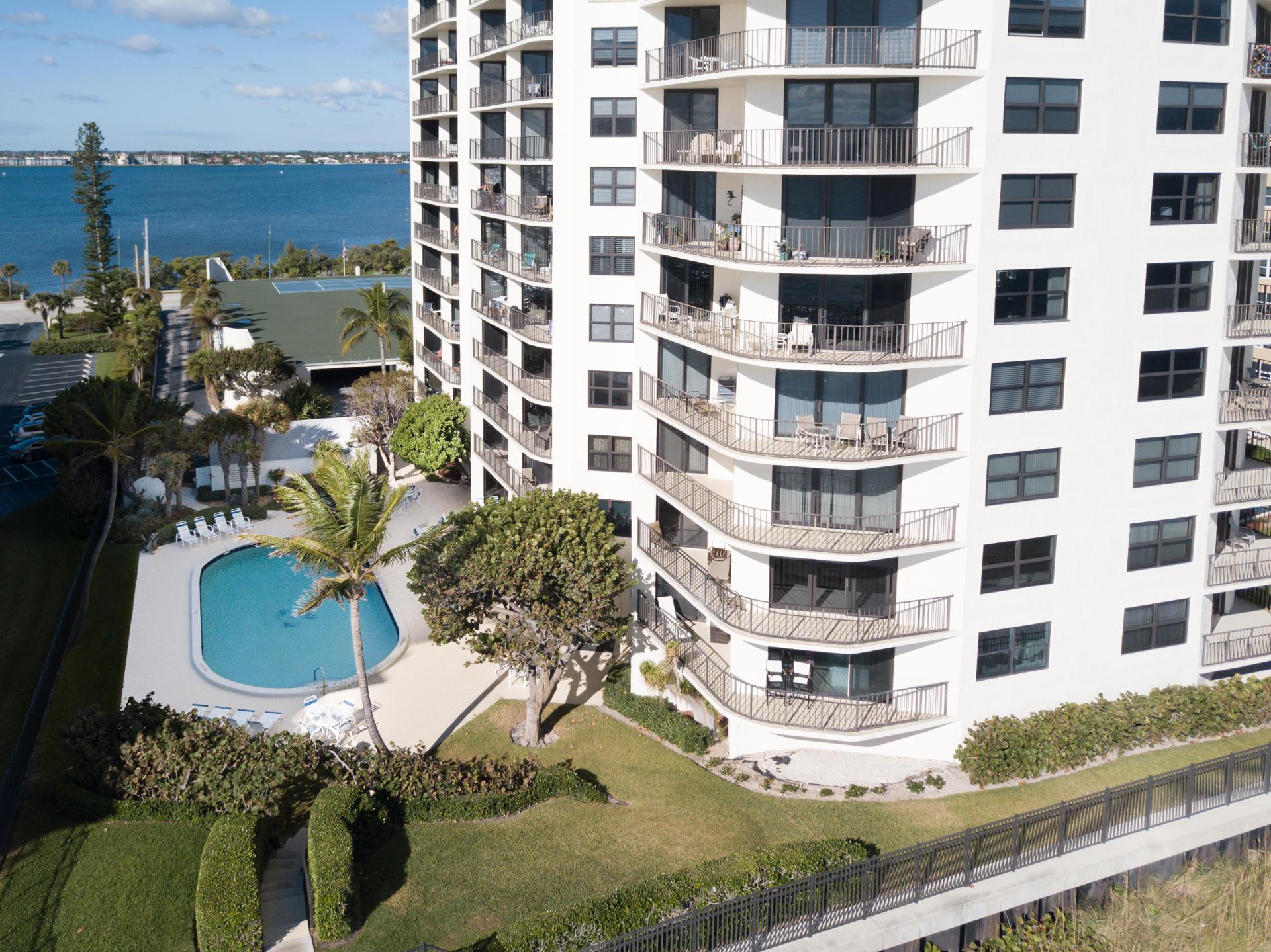 5420 N Ocean Drive 1601 Singer Island, FL 33404 photo 36