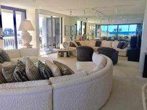 Meridian Of Palm Beach Condo