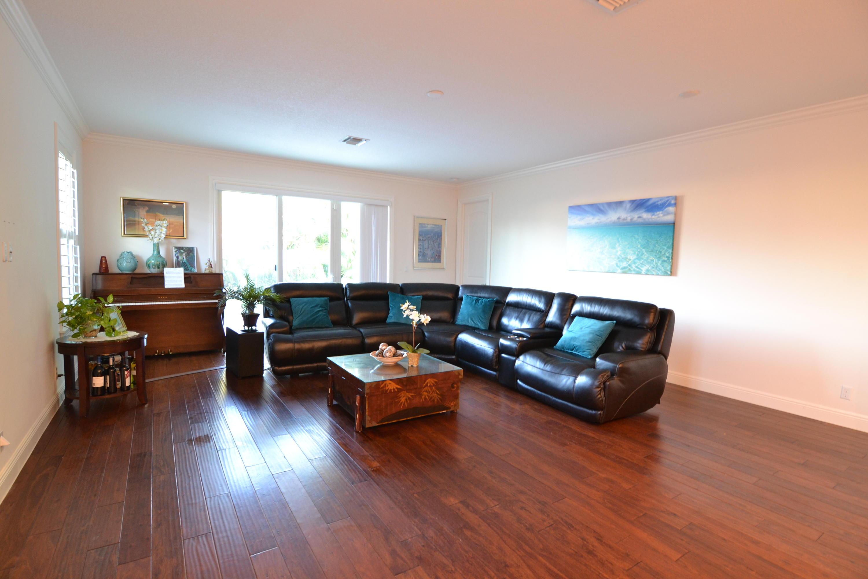 Home for sale in CINQUEZ PARK Jupiter Florida