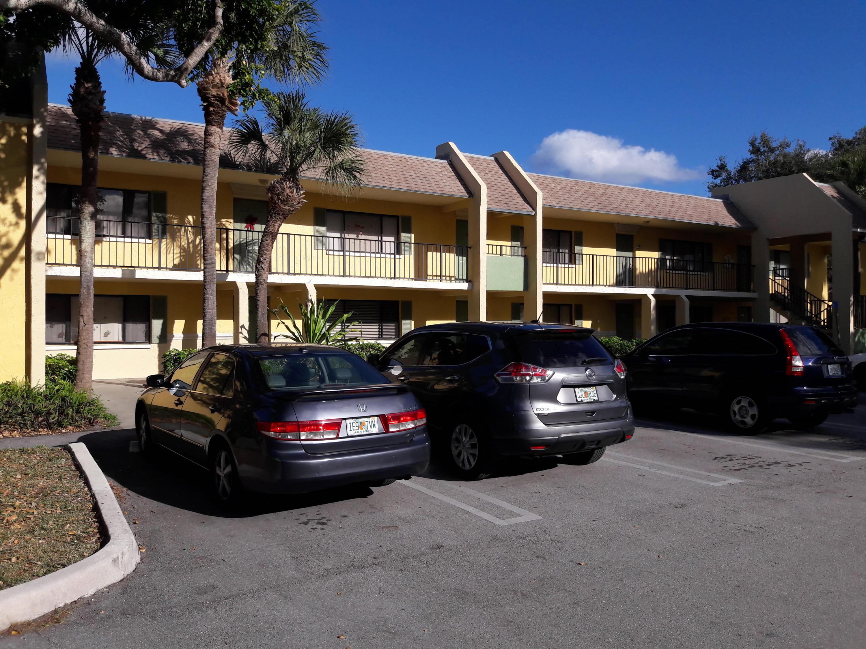Home for sale in MEADOWS ON THE GREEN CONDO Boynton Beach Florida