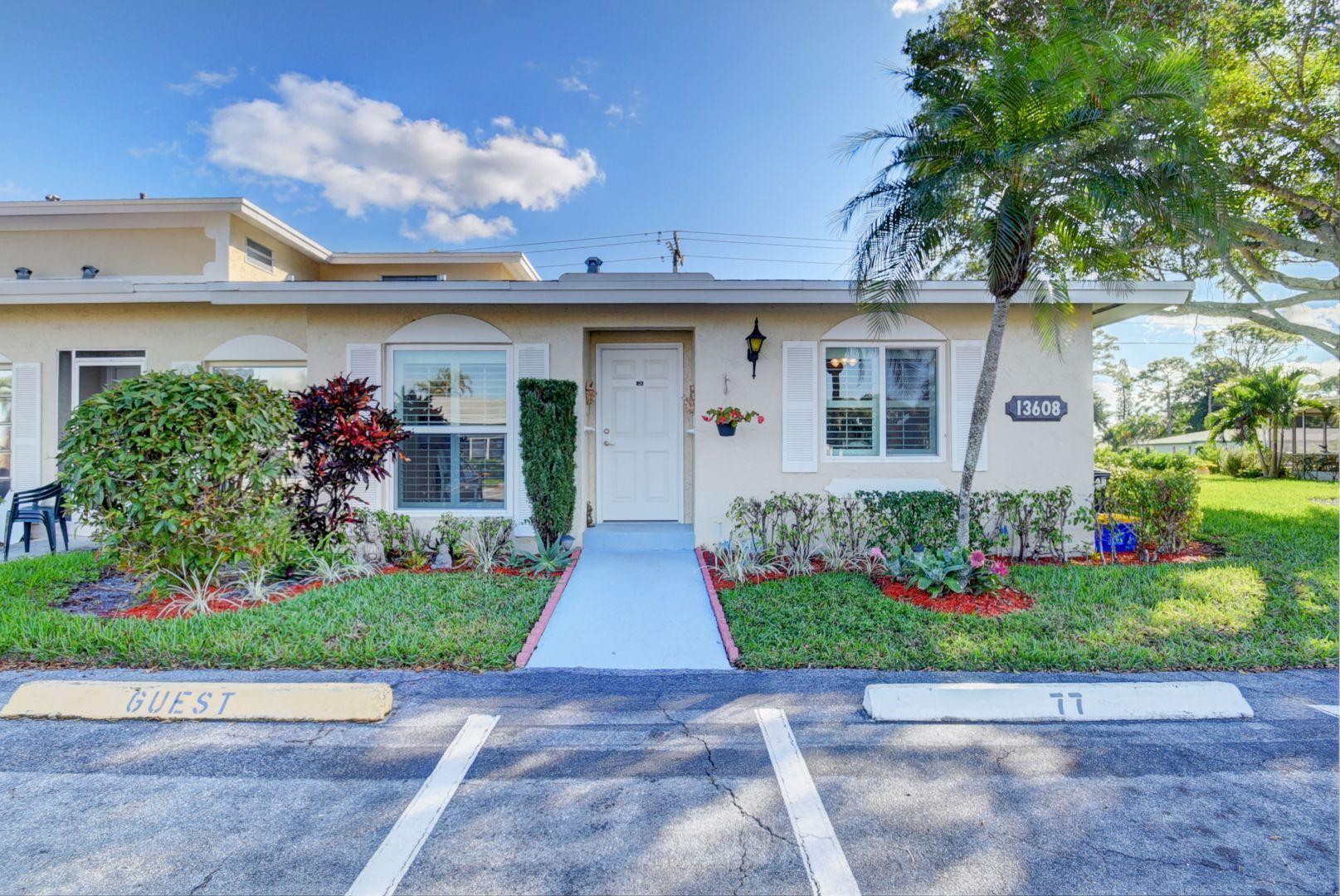 Palm Greens home 13608 Via Flora D Delray Beach FL 33484