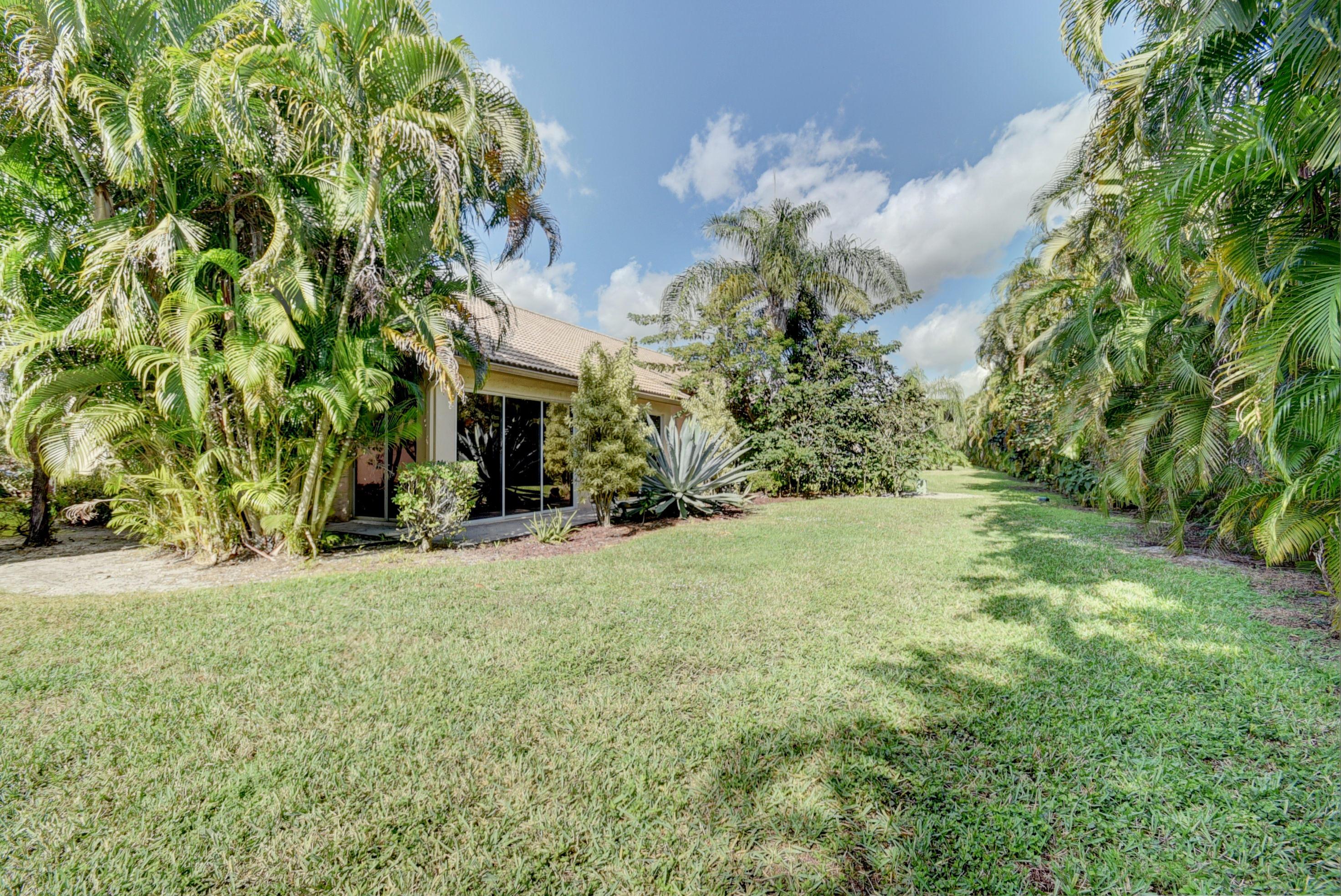 8828 Shoal Creek Lane Boynton Beach FL 33472 - photo 32