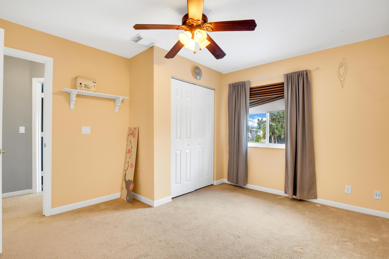 6055 Spring Isles Boulevard Lake Worth, FL 33463 photo 13