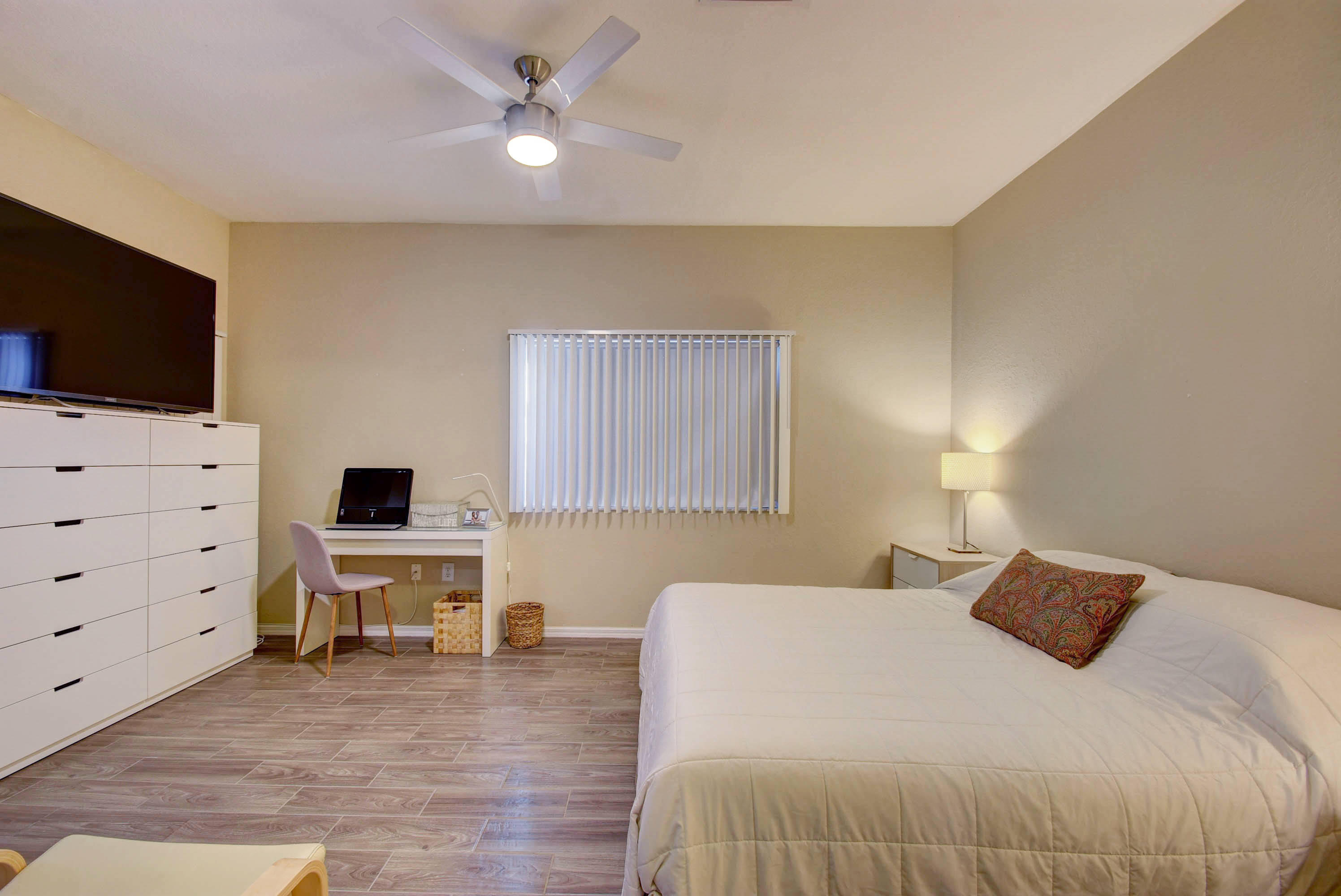 220 Crestwood Circle 101 Royal Palm Beach, FL 33411 photo 4
