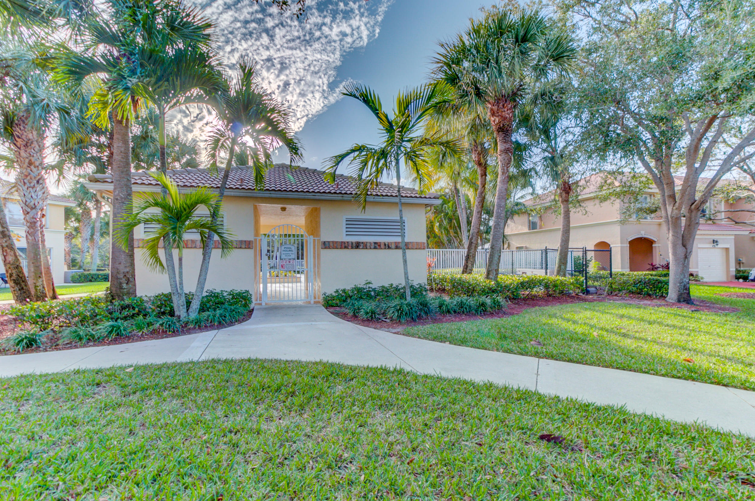 453 Rainbow Springs Terrace Royal Palm Beach, FL 33411 photo 33