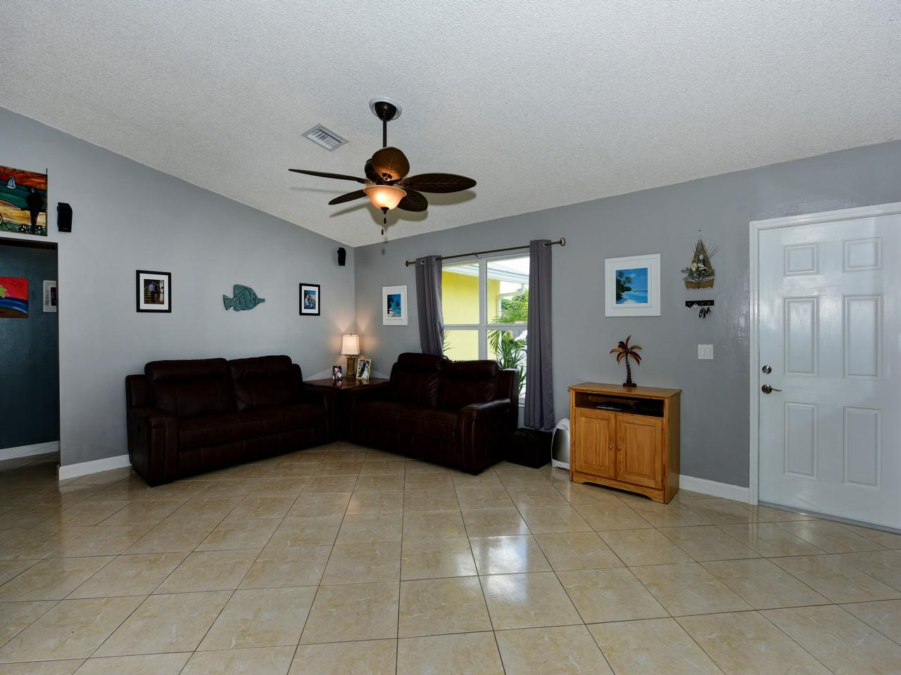 168 Martin Circle Royal Palm Beach, FL 33411 photo 3