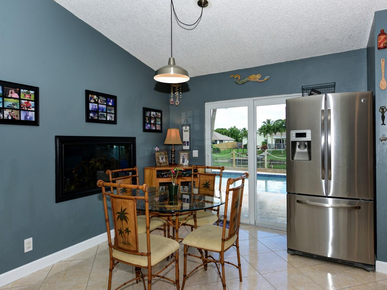 168 Martin Circle Royal Palm Beach, FL 33411 photo 6