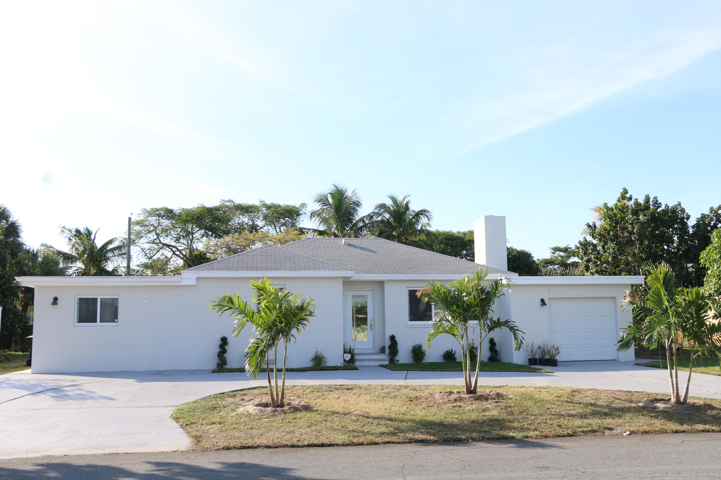 318 Gregory Road West Palm Beach, FL 33405