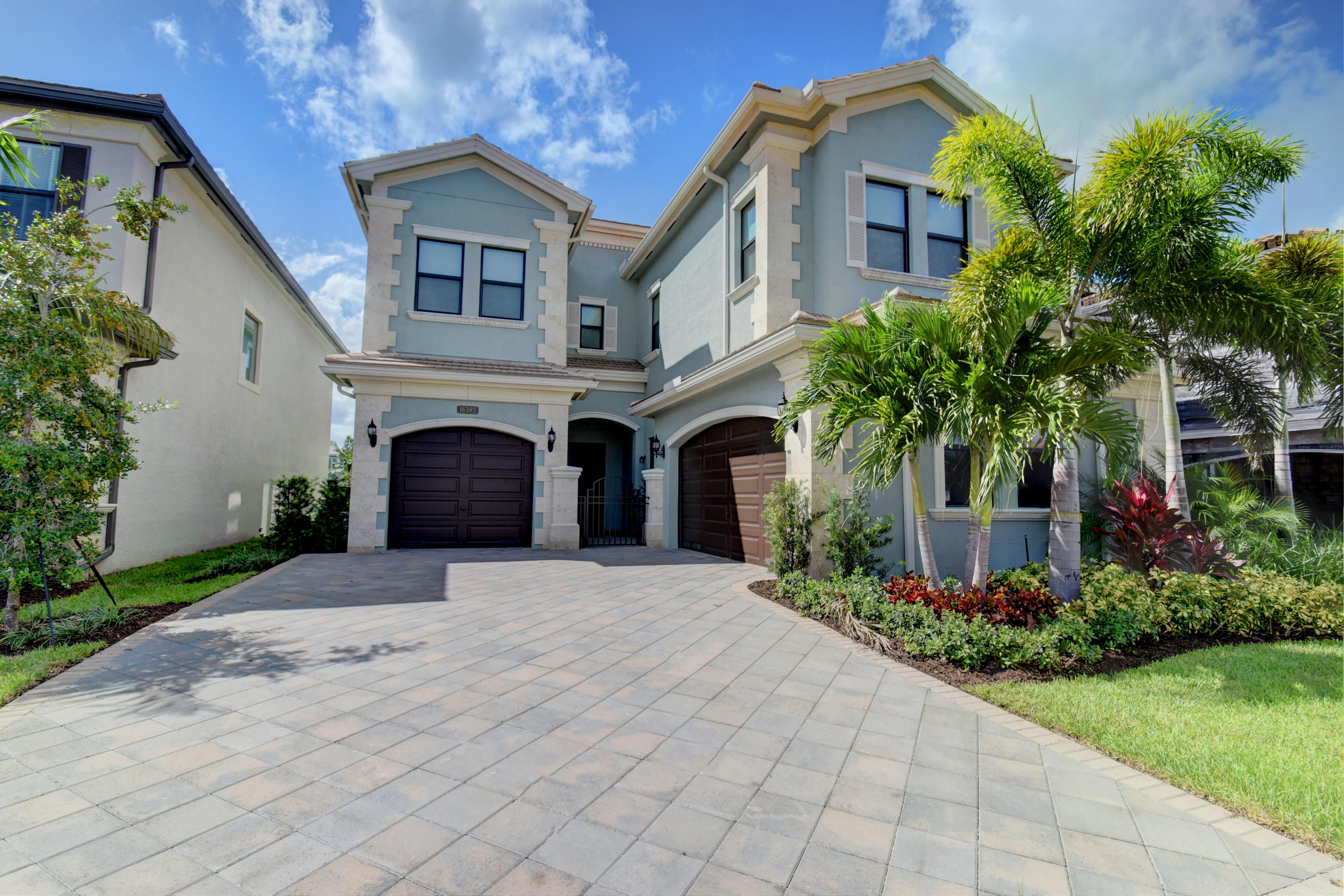 16383 Pantheon Pass  Delray Beach, FL 33446