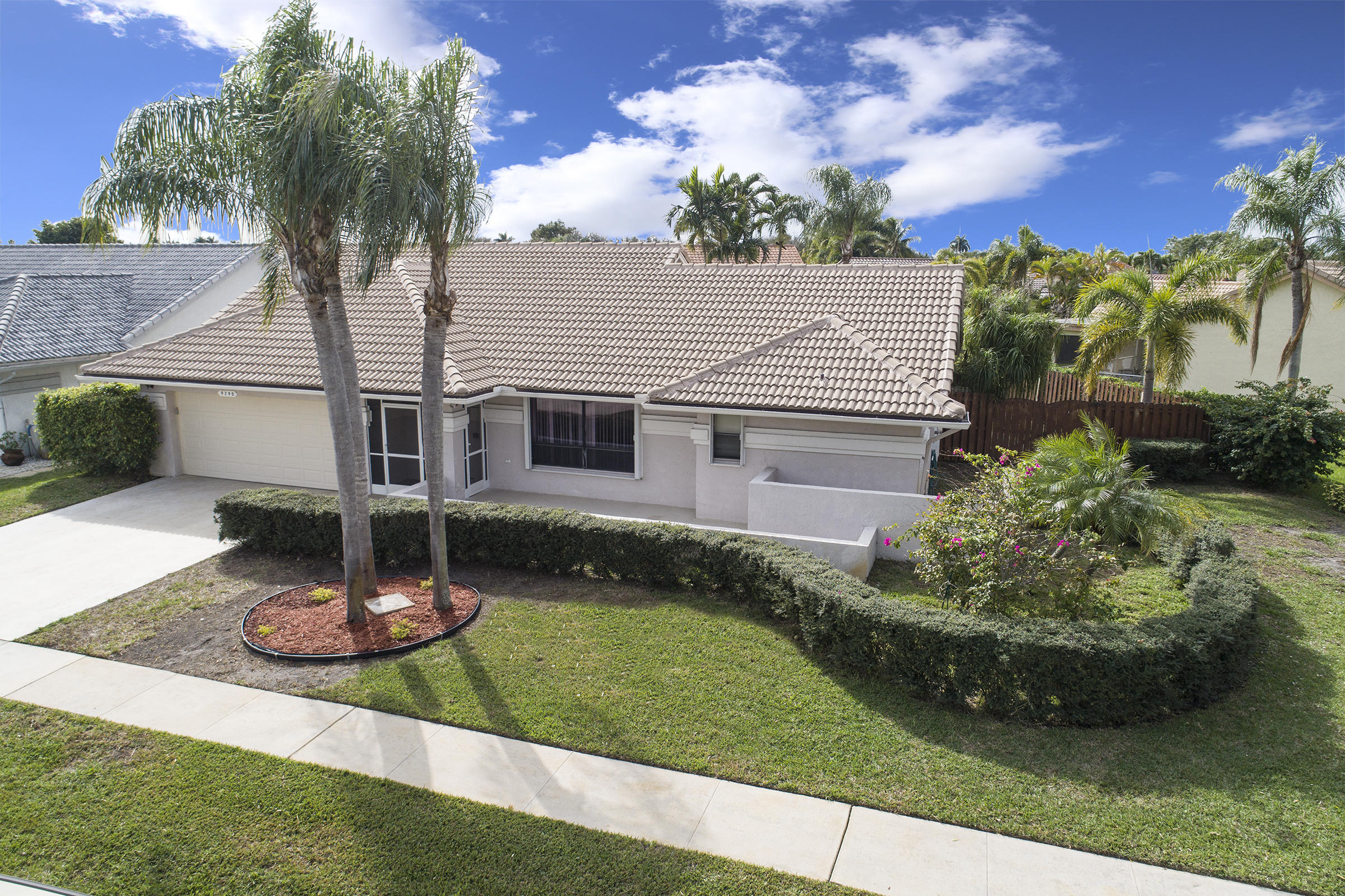9290 Laurel Green Drive Boynton Beach, FL 33437 small photo 1