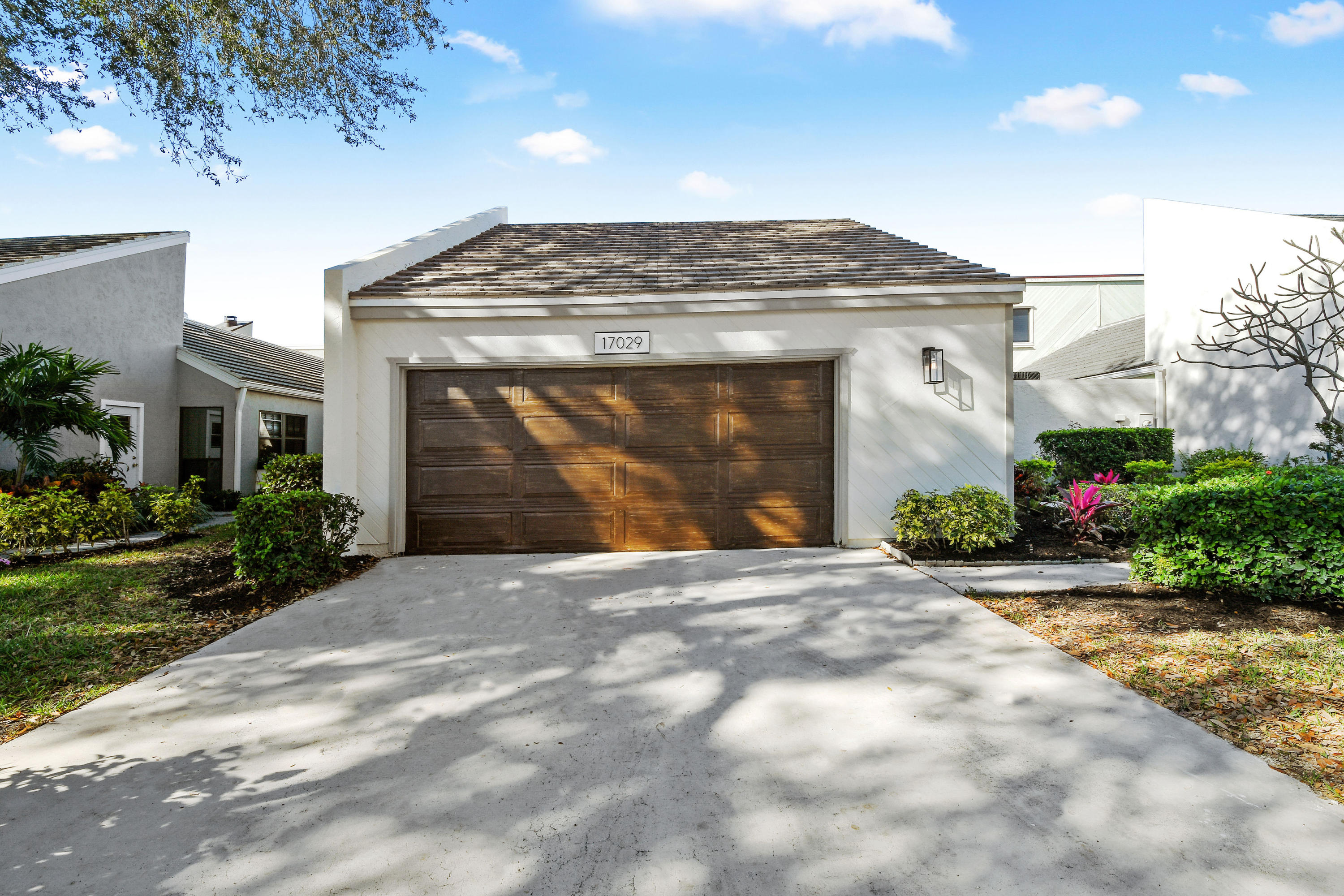 17029 Traverse Circle Jupiter, FL 33458 photo 2