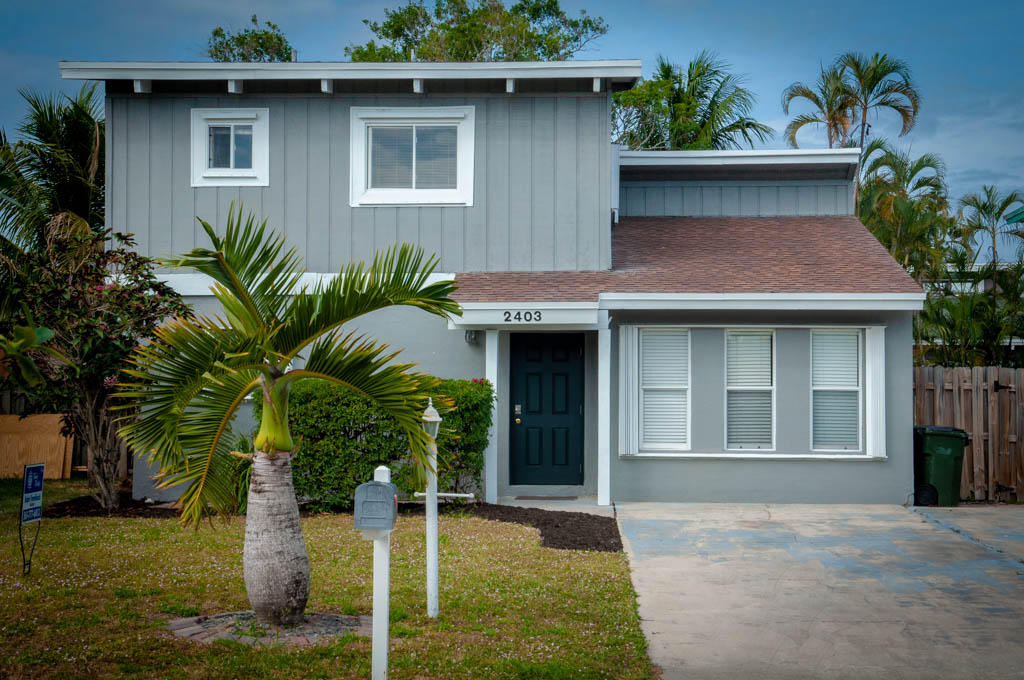 2403 Zeder Avenue  Delray Beach, FL 33444