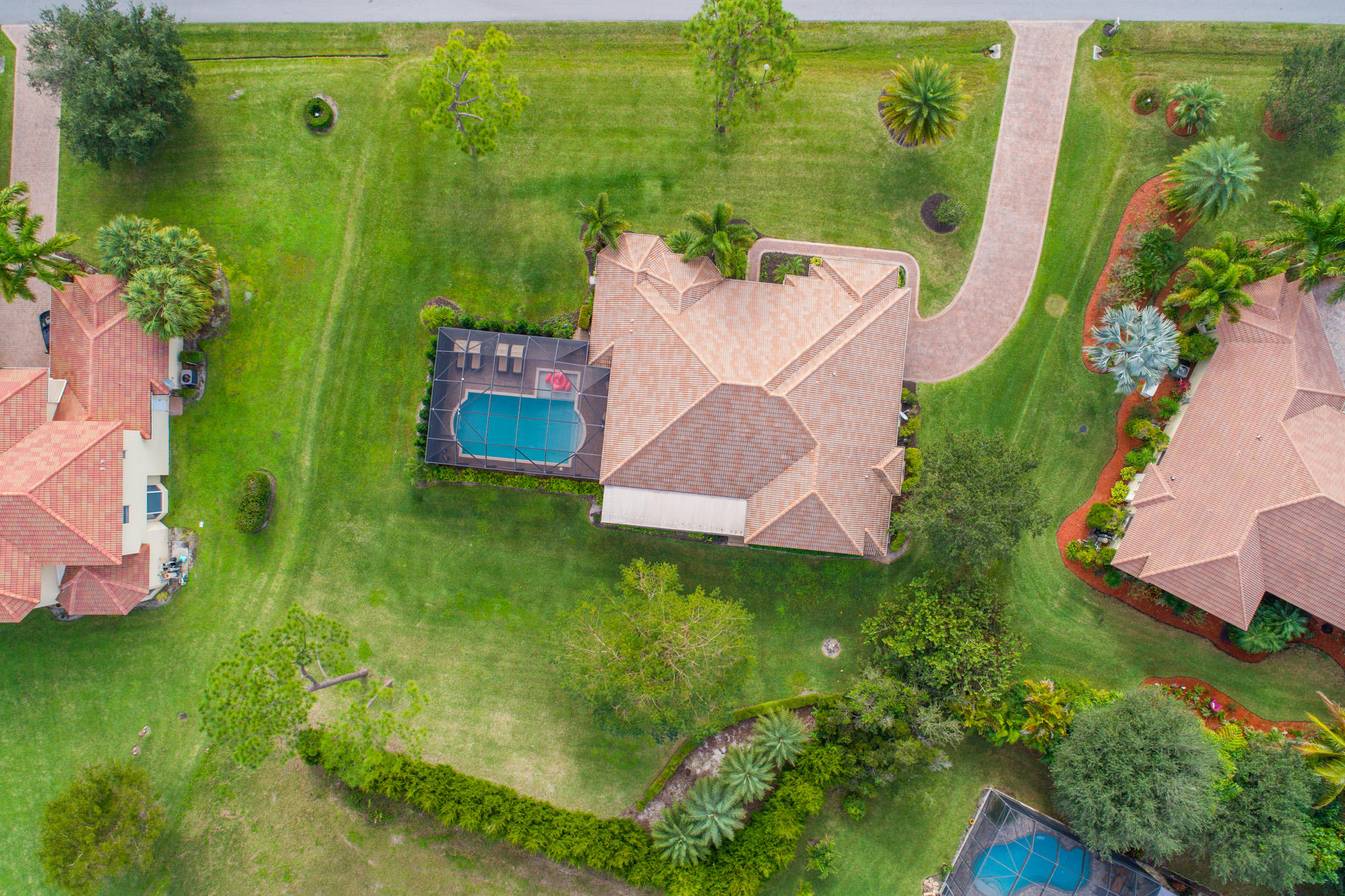 COBBLESTONE COUNTRY CLUB REALTY