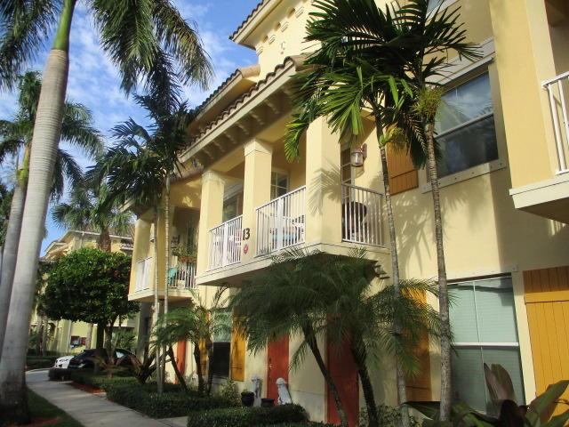 1455 Via De Pepi  Boynton Beach, FL 33426