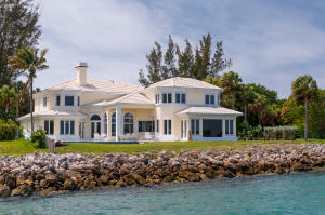 305  Indian Road , Palm Beach FL 33480 is listed for sale as MLS Listing RX-10494184 photo #1