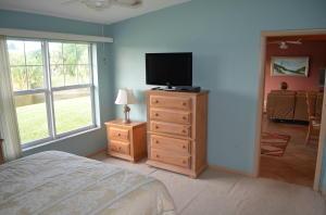 15552 Bottlebrush Circle Delray Beach FL 33484 - photo 19