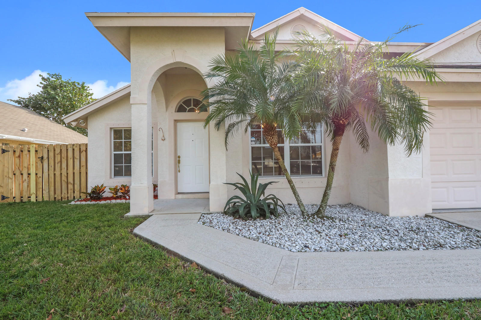 NORTH PALM BEACH HEIGHTS HOMES