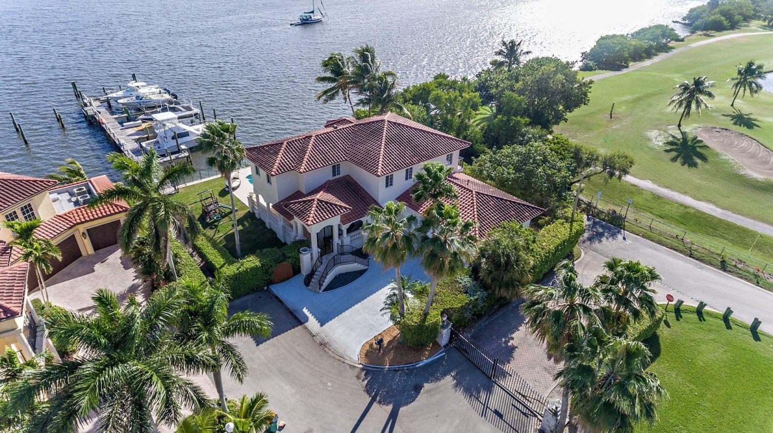 9 Bella Vista Avenue Lake Worth, FL 33460