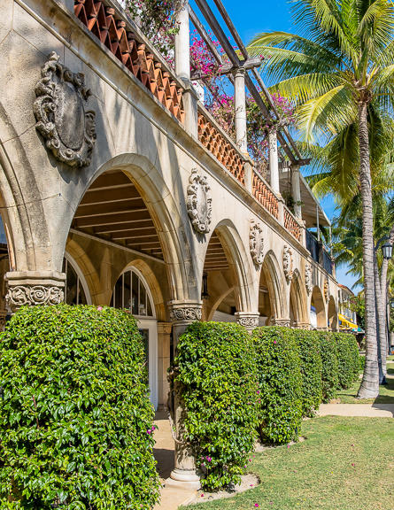 CARLYLE HOUSE PALM BEACH REAL ESTATE