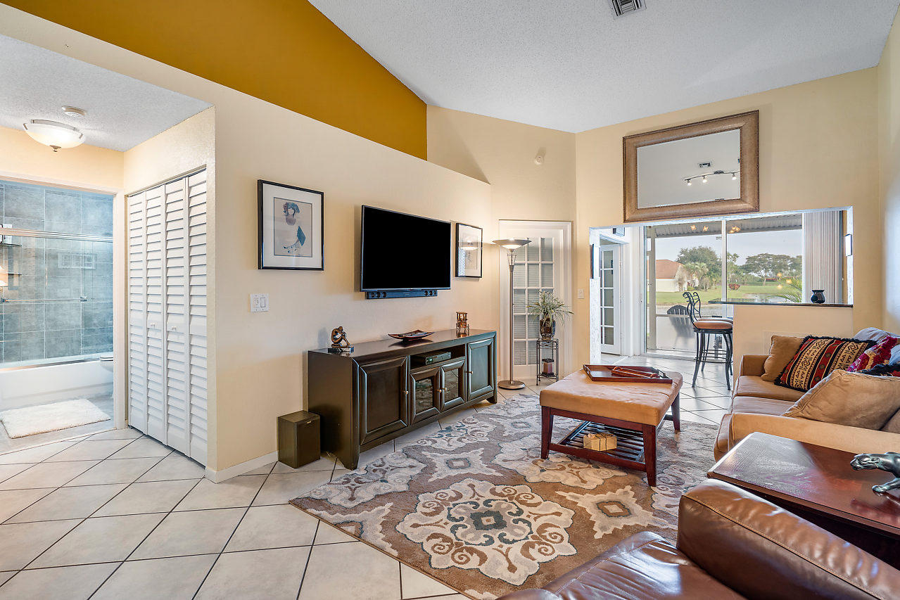 15310 W Tranquility Lake Drive Delray Beach, FL 33446 small photo 10