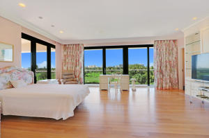2 N Breakers Row 41, Palm Beach FL 33480 is listed for sale as MLS Listing RX-10492412 photo #8