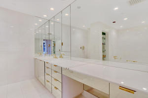 2 N Breakers Row 41, Palm Beach FL 33480 is listed for sale as MLS Listing RX-10492412 photo #11