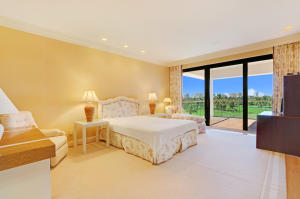 2 N Breakers Row 41, Palm Beach FL 33480 is listed for sale as MLS Listing RX-10492412 photo #14