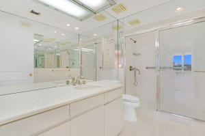 2 N Breakers Row 41, Palm Beach FL 33480 is listed for sale as MLS Listing RX-10492412 photo #15