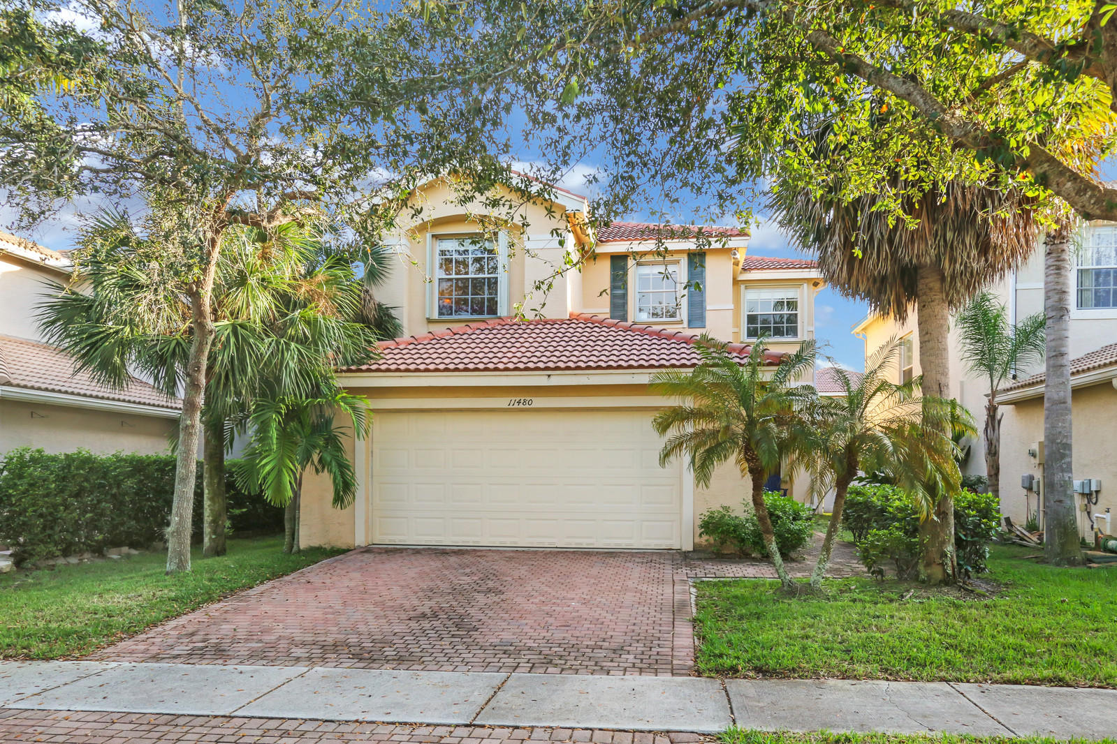 11480 Blue Violet Lane Royal Palm Beach, FL 33411