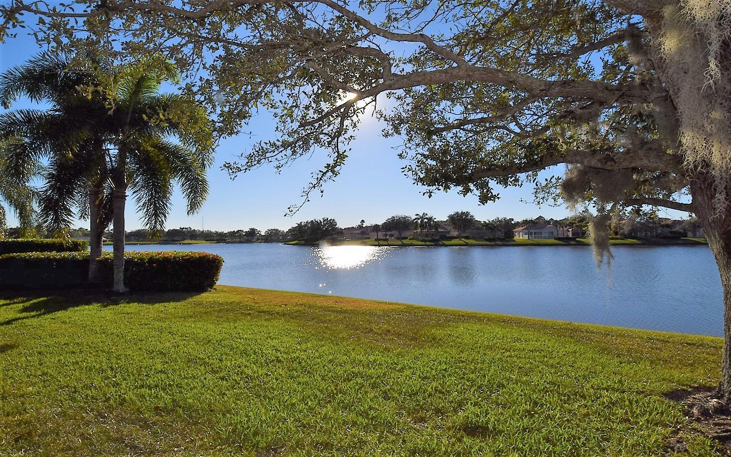 FLORIDA CLUB HOMES FOR SALE