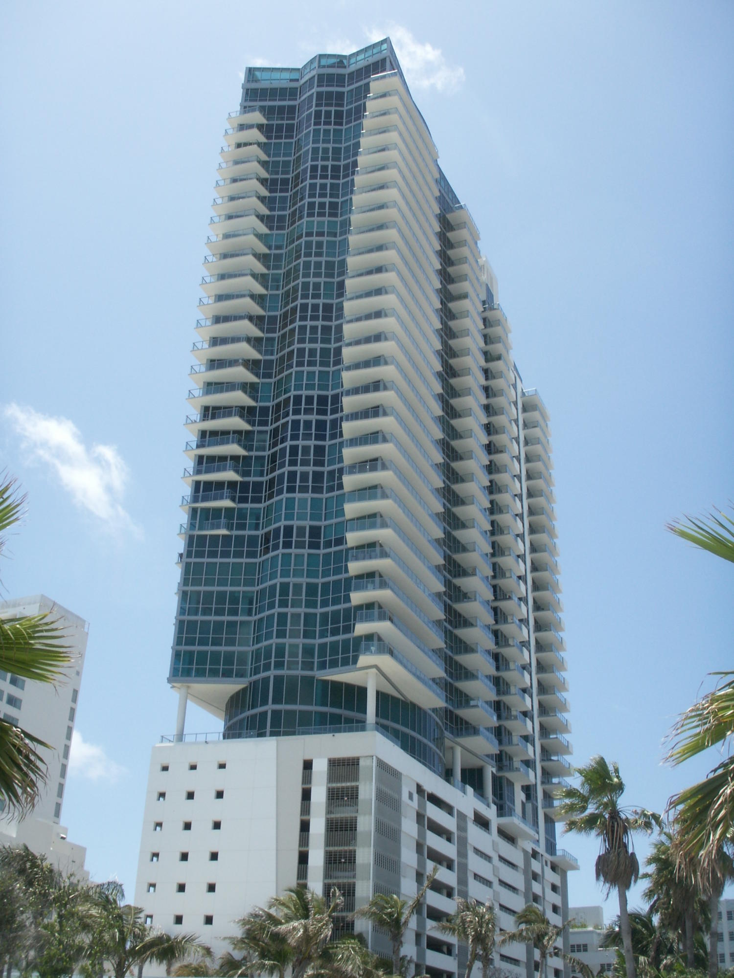Photo of 101 20th #3404 listing for Sale