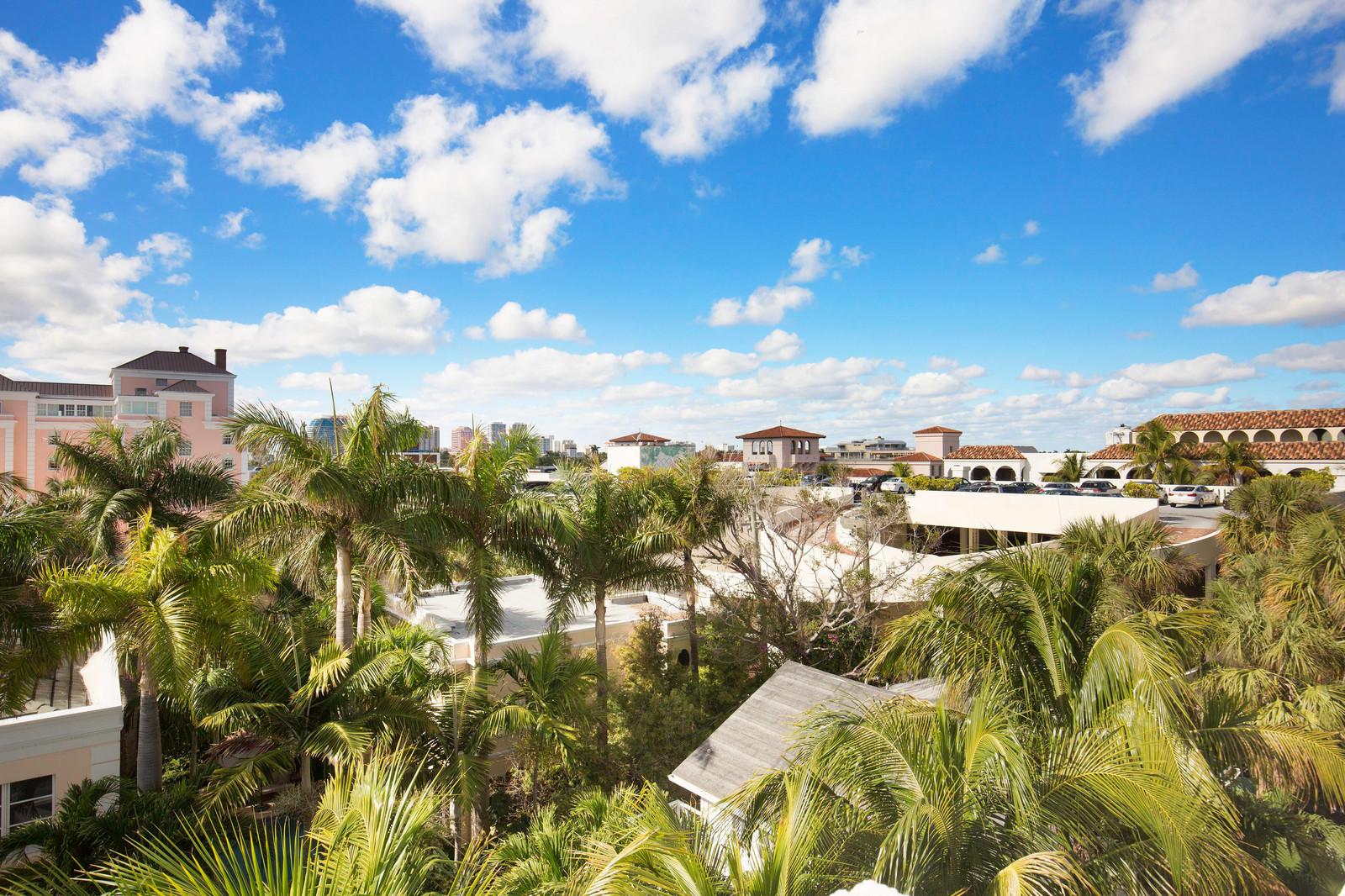 WINTHROP HOUSE PALM BEACH FLORIDA