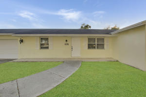 Palm Beach Gardens Ests Pl 1 In Pb 26 Pg