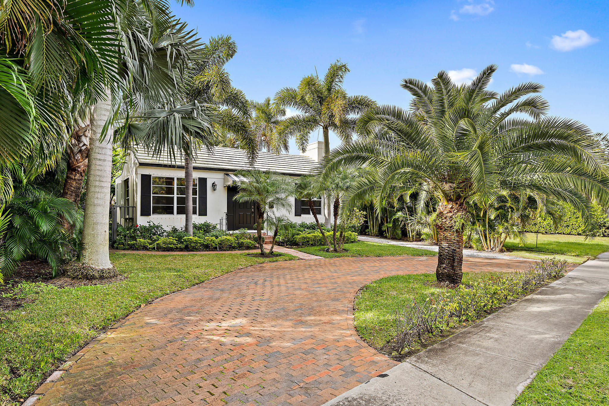 3019 Washington Road West Palm Beach, FL 33405 photo 2