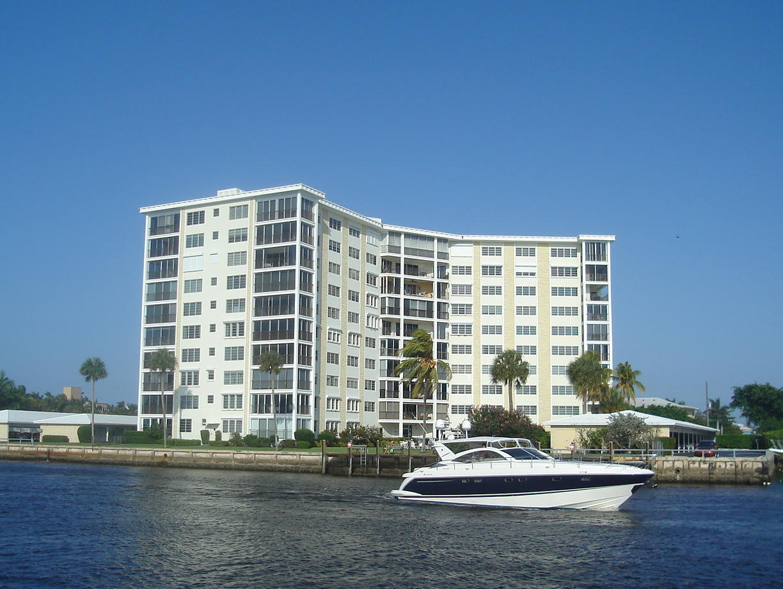 86 Macfarlane Drive 2-G  Delray Beach, FL 33483