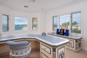 305  Indian Road , Palm Beach FL 33480 is listed for sale as MLS Listing RX-10494184 photo #14
