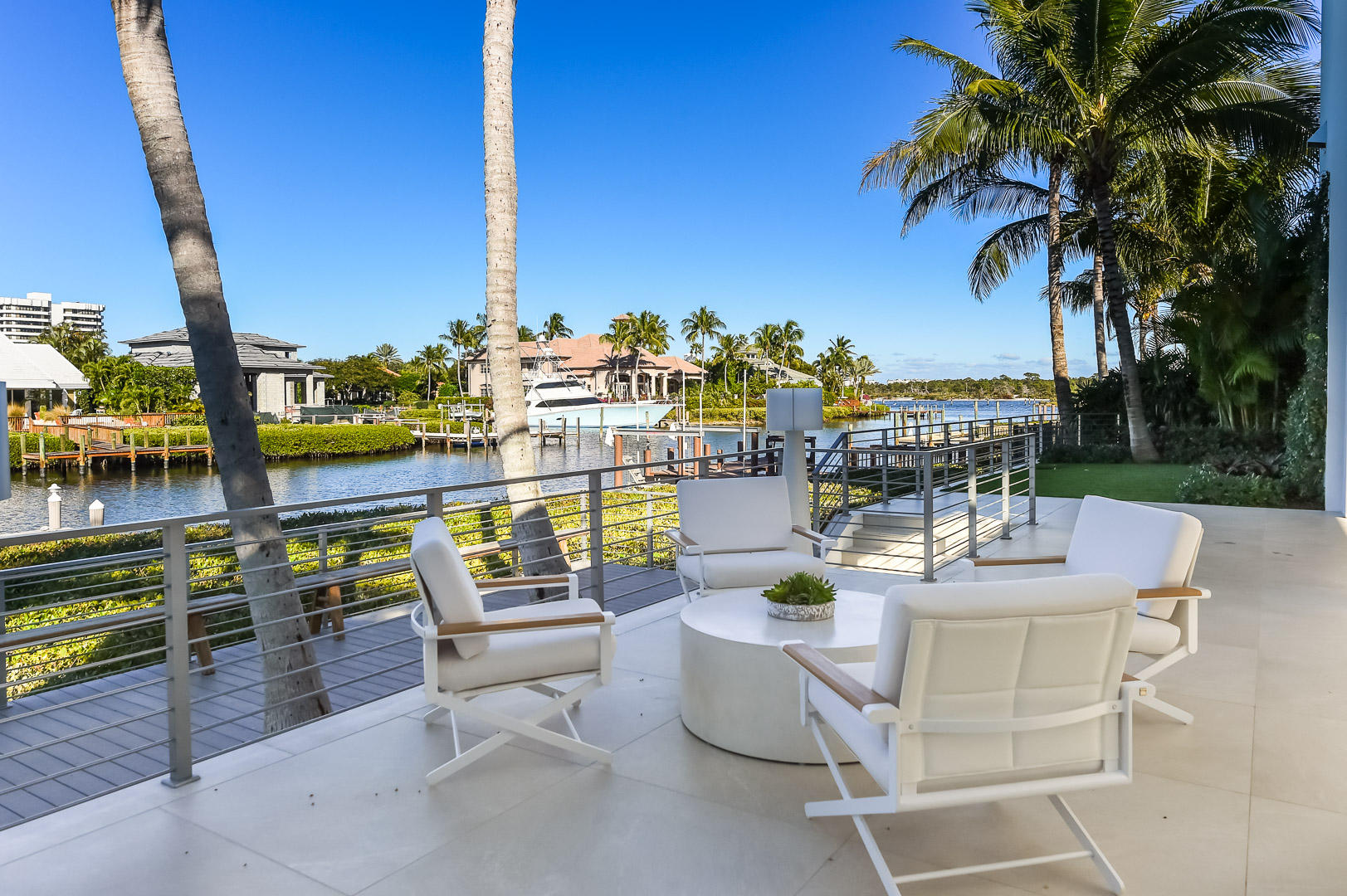 ADMIRALS COVE JUPITER REAL ESTATE