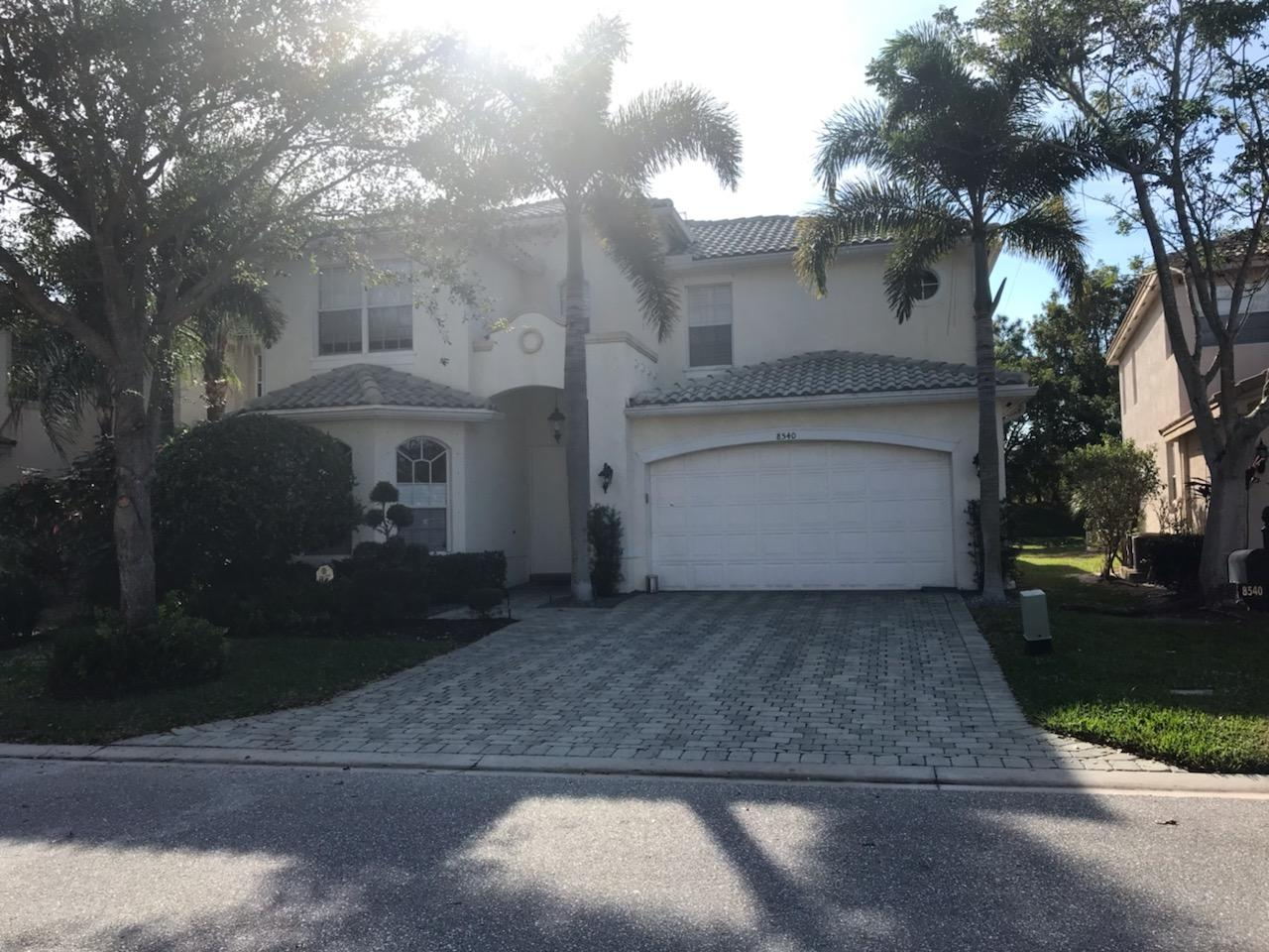 8540 Breezy Oak Way  Boynton Beach, FL 33473