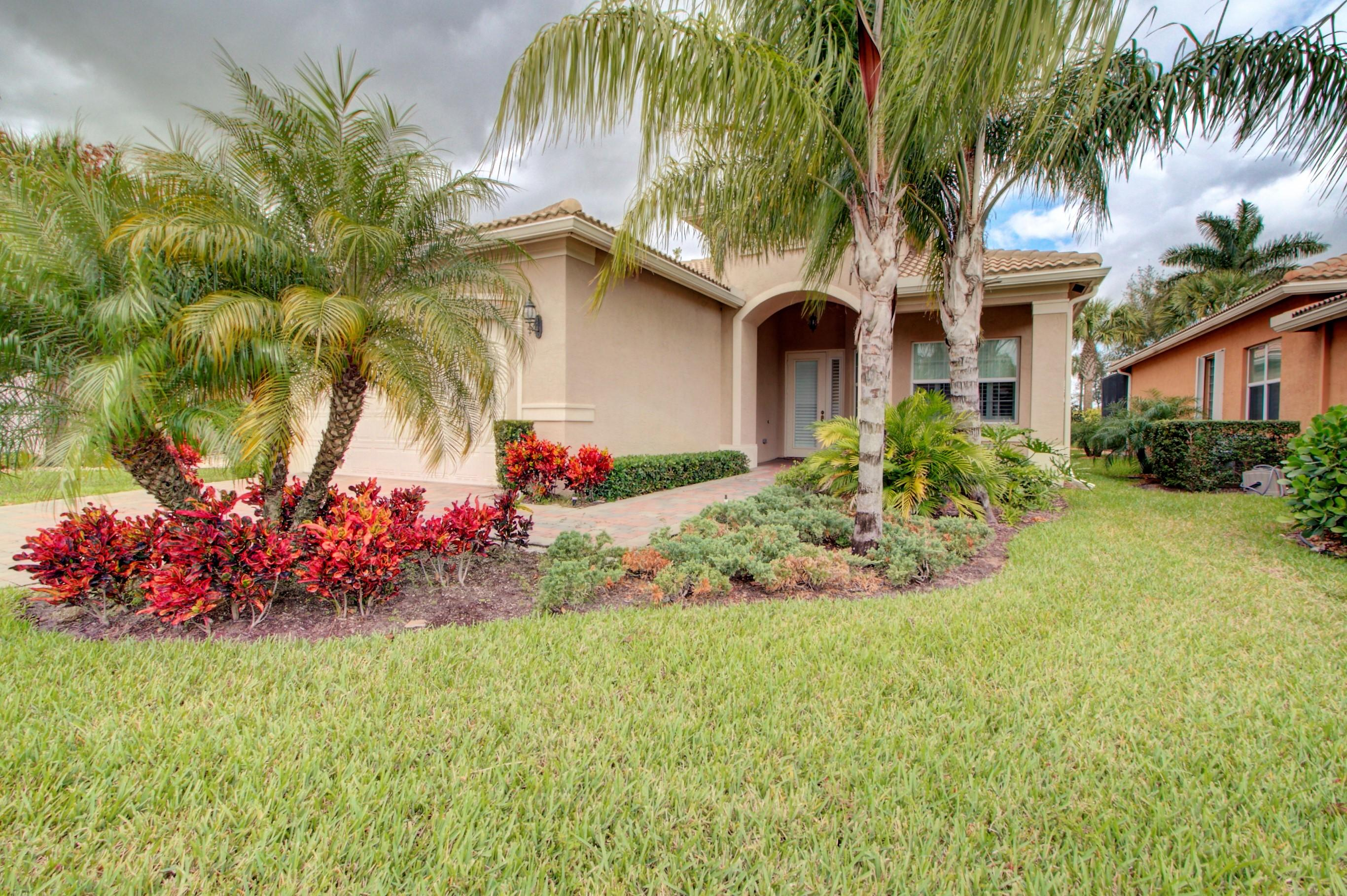 VALENCIA COVE home 8703 Carmel Mountain Way Boynton Beach FL 33473