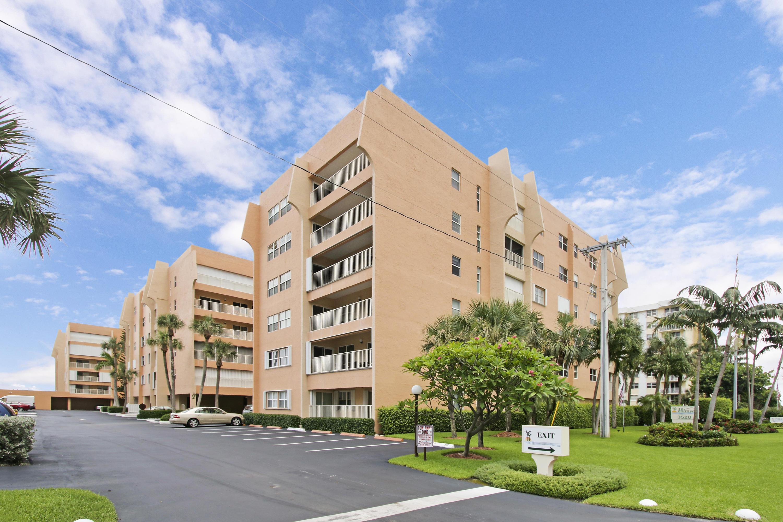 3520 S Ocean Boulevard L205  South Palm Beach FL 33480