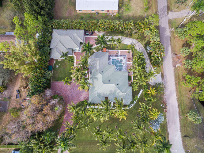 PALM BEACH COUNTRY ESTATES REALTY