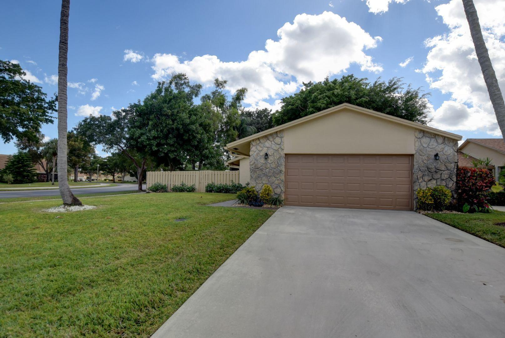 Home for sale in RAINBERRY BAY SEC 5 Delray Beach Florida