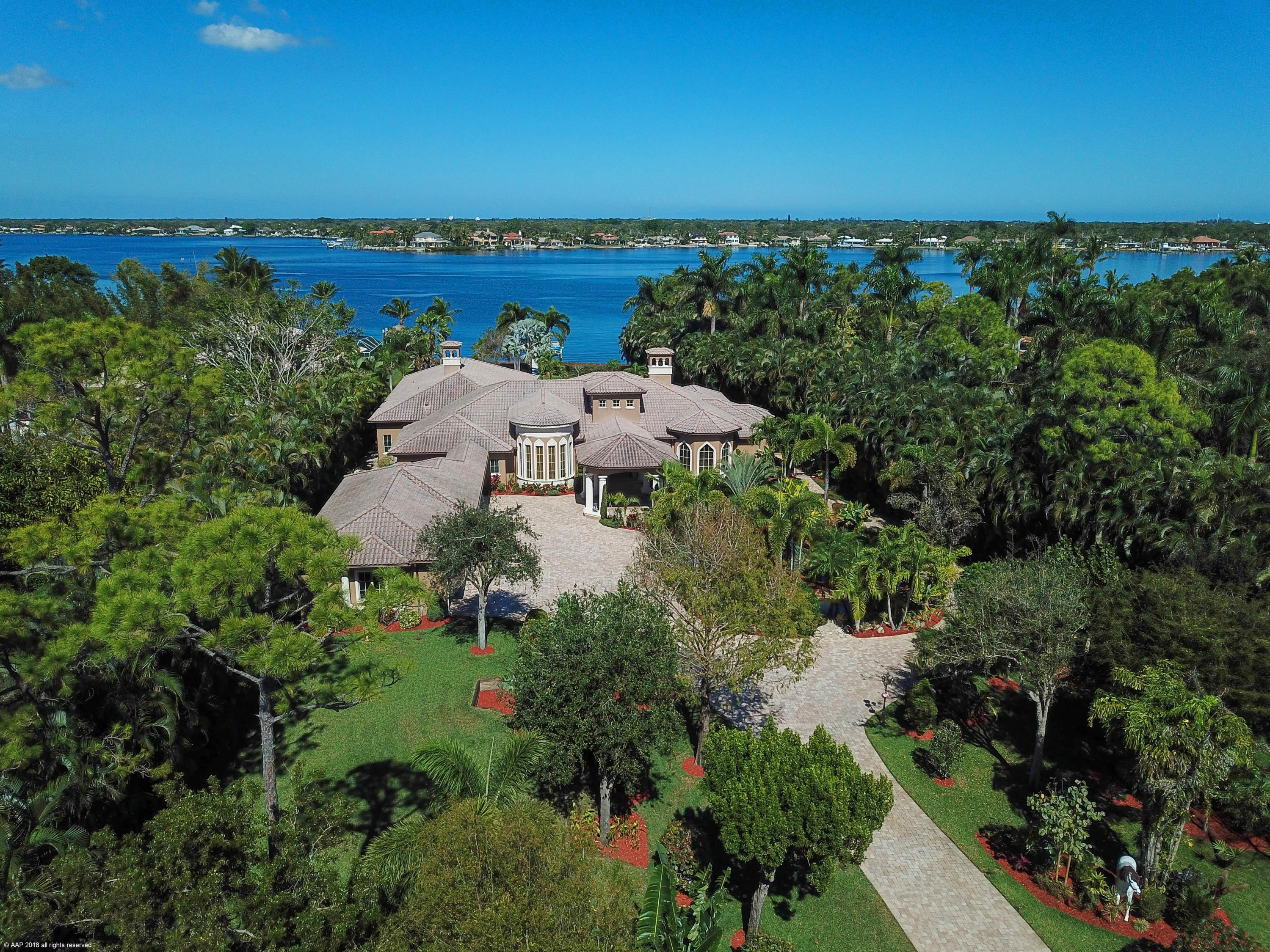 Photo of 5695 Pennock Point Road, Jupiter, FL 33458