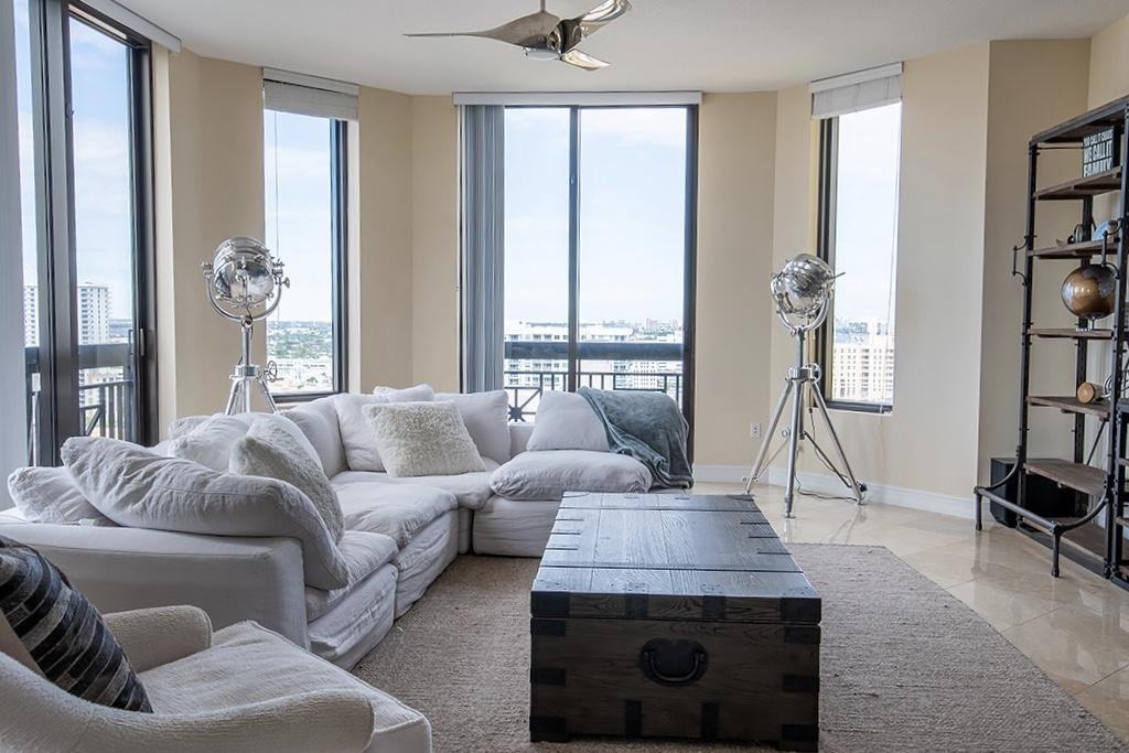 701 S Olive Avenue 1815 West Palm Beach, FL 33401