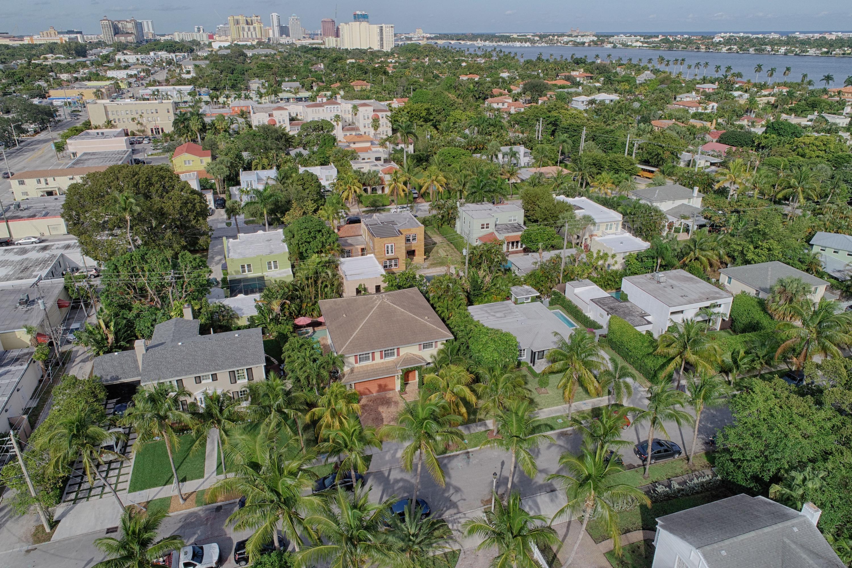 327 Monceaux Road West Palm Beach, FL 33405