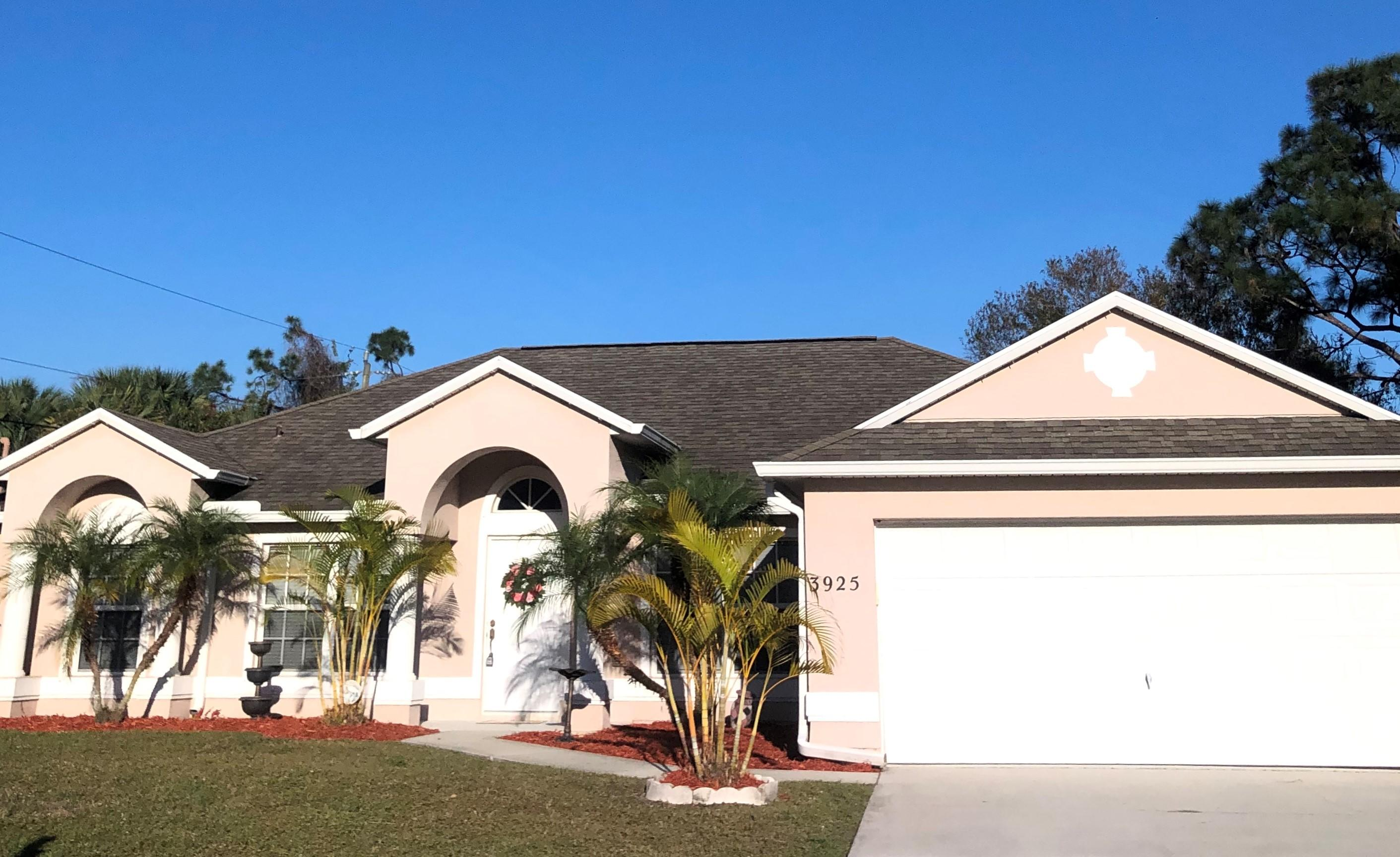 3925 SW Helmlinger Street - Port St Lucie, Florida