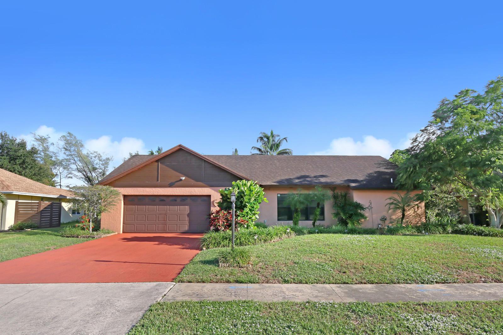 8055 Marshwood Lane Lake Worth, FL 33467