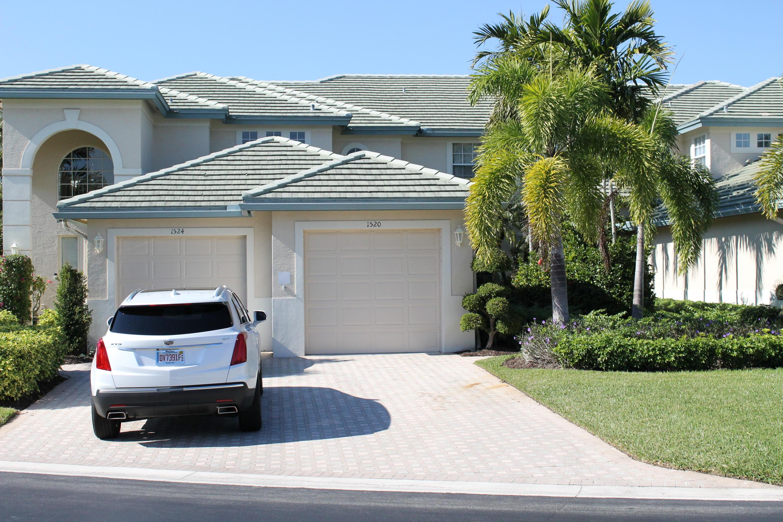 1520 SE Prestwick Lane  11, Port Saint Lucie, Florida